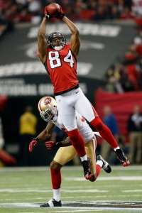 Roddy White goes and gets the football (Photo Credit: Kevin C. Cox/Getty Images)