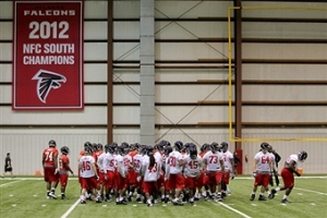 Atlanta Falcons Rookies come together. (Photo Credit: Todd Kirkland/Getty Images Sport)