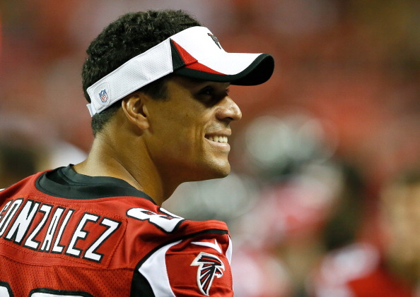 ATLANTA, GA - AUGUST 29:  Tony Gonzalez #88 of the Atlanta Falcons enjoys a laugh during the game against the Jacksonville Jaguars at Georgia Dome on August 29, 2013 in Atlanta, Georgia.  (Photo by Kevin C. Cox/Getty Images)