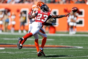 Robert Alford tries to defend the pass to Mohamed Sanu. (Photo Credit: Joe Robbins/Getty Images Sport)