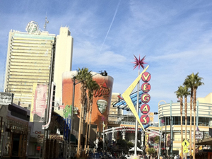 10 Min. Tailgate Tour BONUS: Tips For Tripping Like a Low Roller in Vegas