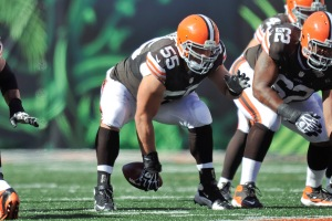 CINCINNATI, OH - SEPTEMBER 16: Alex Mack #55 of the Cleveland Browns snaps the ball from center against the Cincinnati Bengals at Paul Brown Stadium on September 16, 2012 in Cincinnati, Ohio. (Photo by Jamie Sabau/Getty Images)