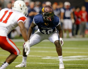 ST. PETERSBURG, FL - JANUARY 23:  De'vondre Campbell #46 from Minnesota playing on the West Team during the first half of the East West Shrine Game at Tropicana Field on January 23, 2016 in St. Petersburg, Florida. (Credit: Mike Carlson/Getty Images)